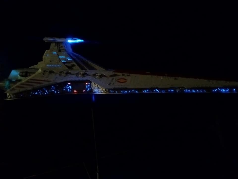 Star Destroyer Venator Revell - Page 2 16057010