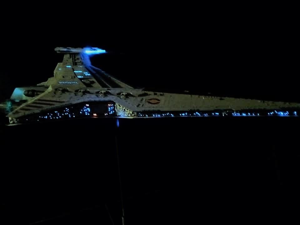 Star Destroyer Venator Revell - Page 2 16057012