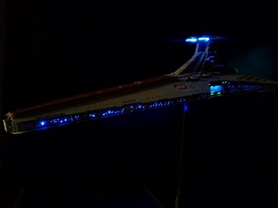 Star Destroyer Venator Revell - Page 2 16064812