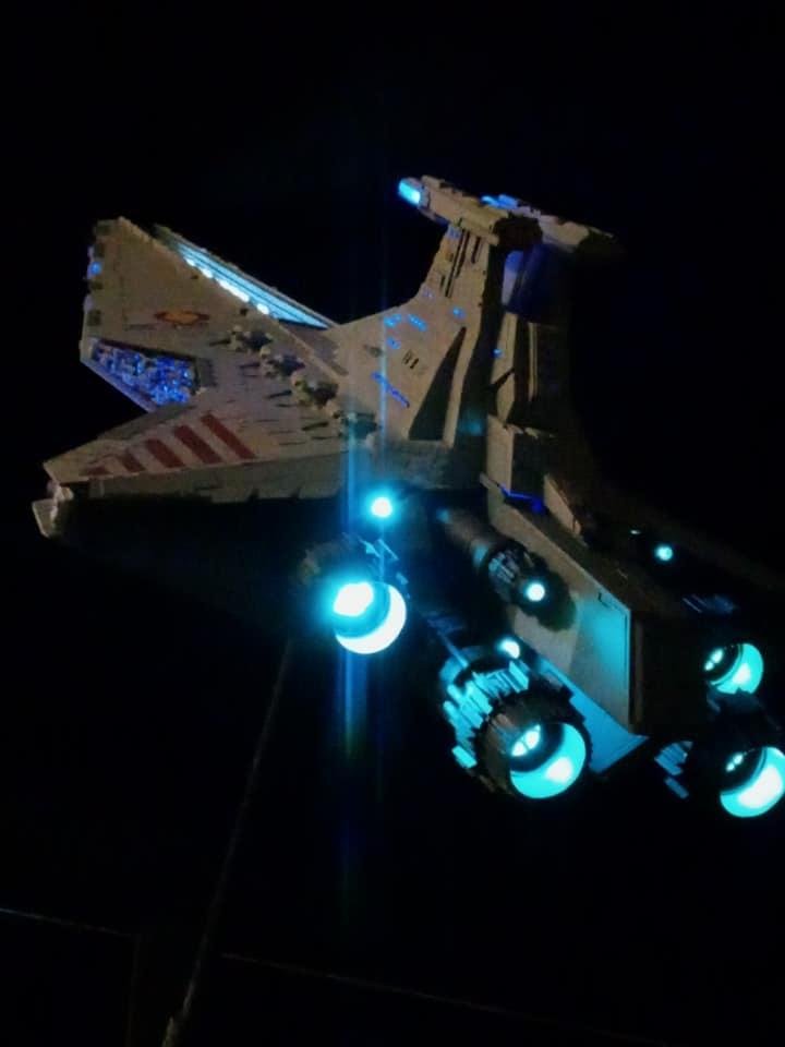 Star Destroyer Venator Revell - Page 2 16117513