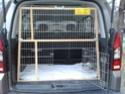 Camions/voitures aménagé(e)s: voyager avec nos chiens - Page 4 2013-011