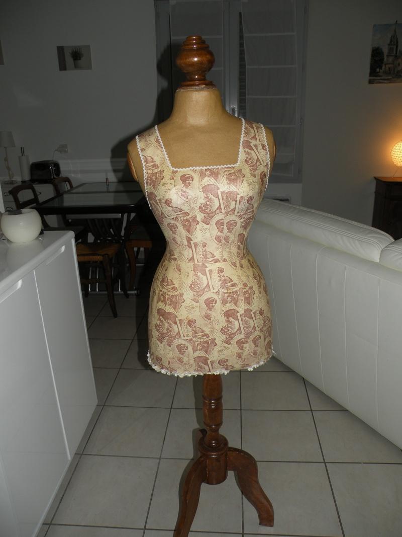 [TECHNIQUE DEBUTANT] [MANNEQUIN] Le bon choix d'un mannequin de couture Dscn1410