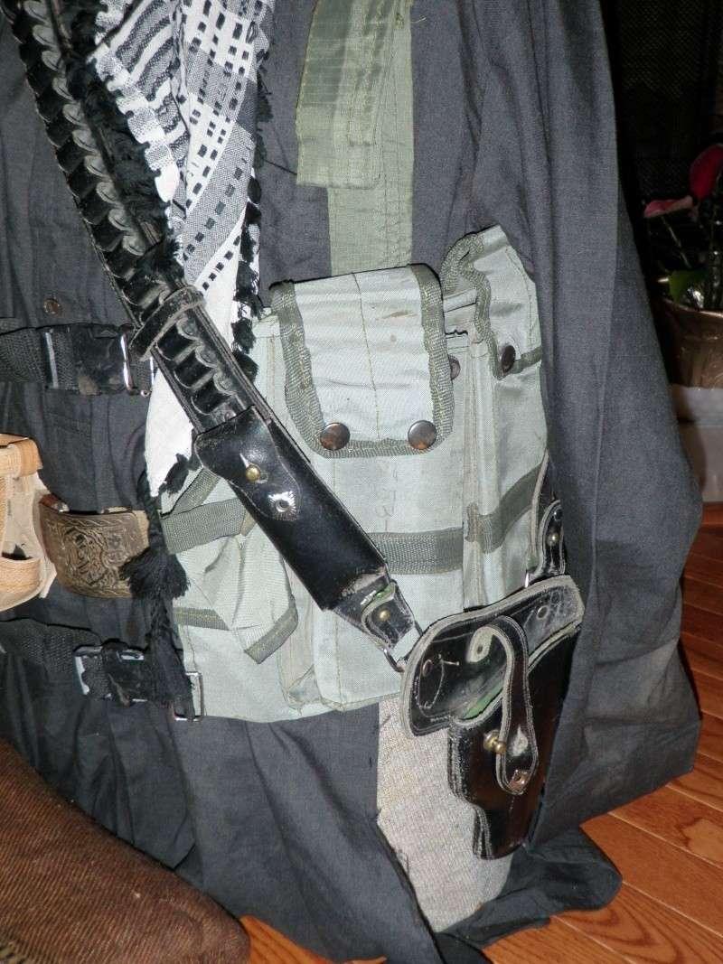 Taliban insurgent display March_14