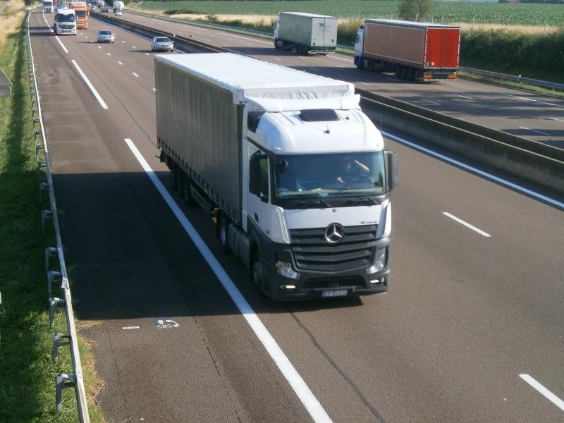Mercedes Actros MP4 (euro 6 )  - Page 5 P7240534
