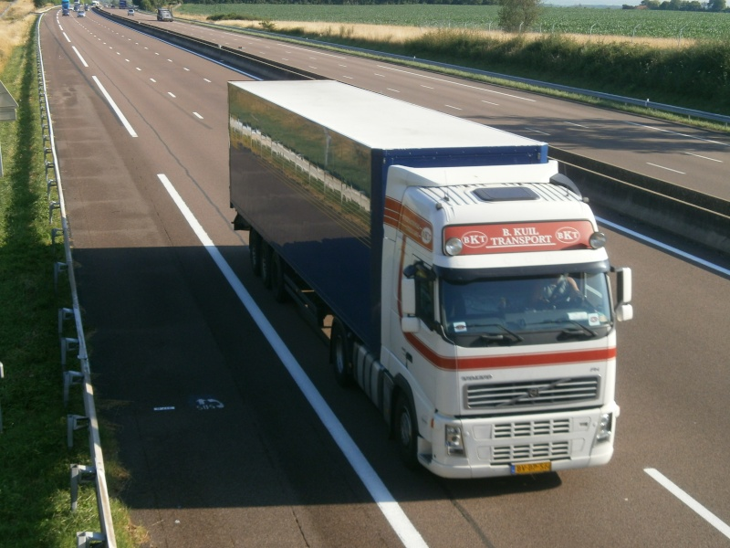 BKT B. Kuil Transport (Velsen-Noord) P7240538