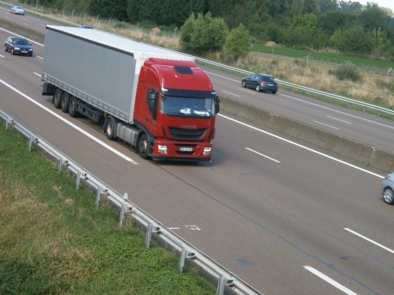 Iveco Stralis  - Page 7 P8161124