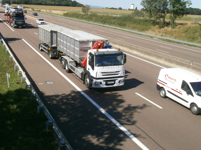 Iveco Stralis  - Page 7 P8211420