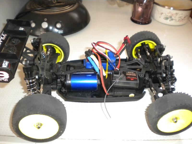 compatibilité variateur et moteur velineon traxxas sur losi mini eight Dscn1510