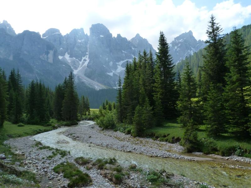 Du 13 au 19 juillet dans le Val di Fassa - Page 2 P1520112