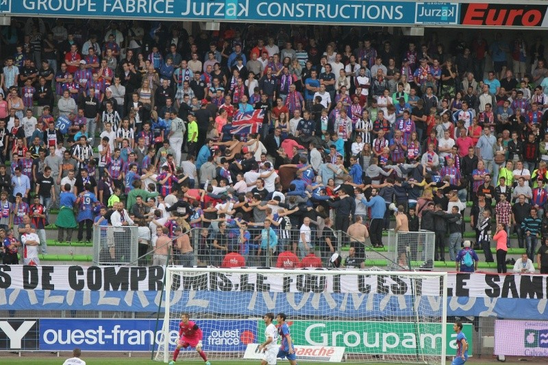 [3e journée de L2] SM Caen 3-0 US Créteil - Page 6 Img_8414