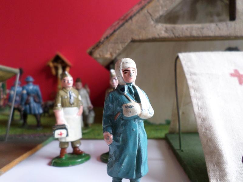 figurines , voitures , fanfares....et autres - Page 2 Sam_7932
