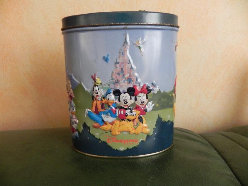 Nos trouvailles Disney dans les vide-greniers - Page 7 Dscn3311
