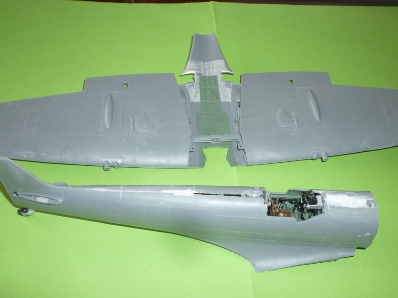 """Spitfire """"avion de légende"""" Spitfi10"""