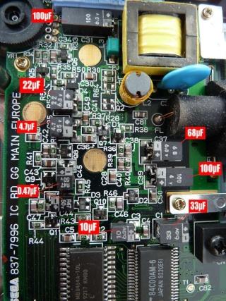 [Game Gear] Reparation des Condensateur HS P1030217