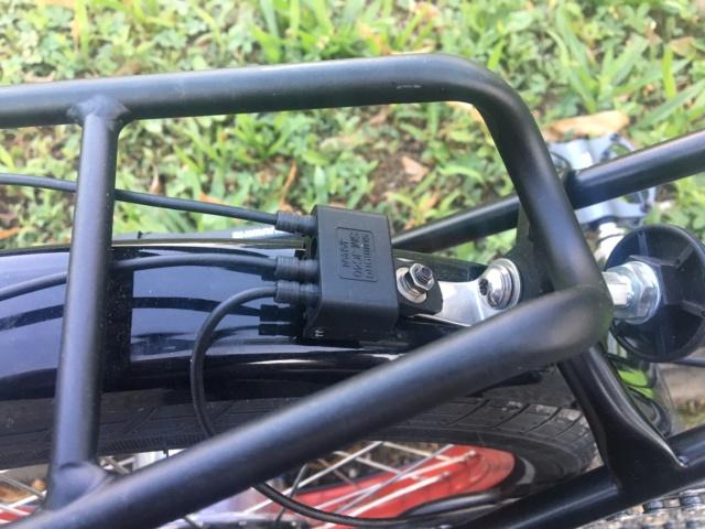 Réalisation bob60: Alfine 11 DI2 avec pneus BigApple sur triangle et fourche Kinetics Img_9910