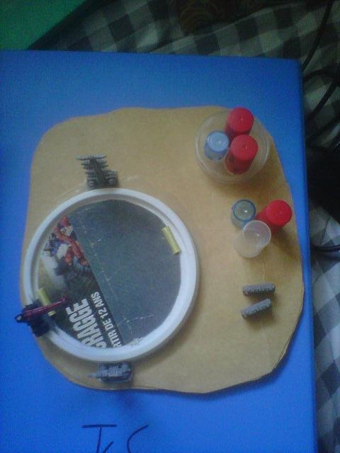 [Création] Décors divers (module de pompage, hangar, colonnes filtrantes ...) Img00015