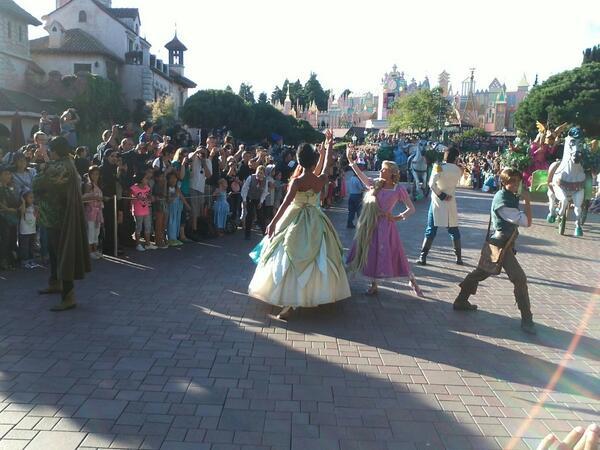La Magie Disney en Parade ! (2012-2017) - Page 25 Brfhpt10