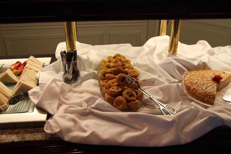 TR de notre séjour au Castle Club au disneyland hotel du 08/04 au 10/04/13   - Page 3 Img_0824