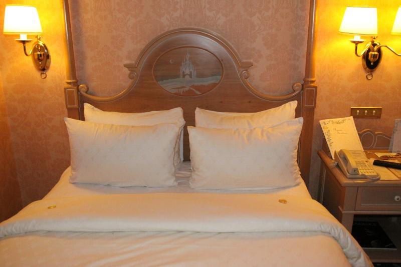 TR de notre séjour au Castle Club au disneyland hotel du 08/04 au 10/04/13   - Page 3 Img_0840