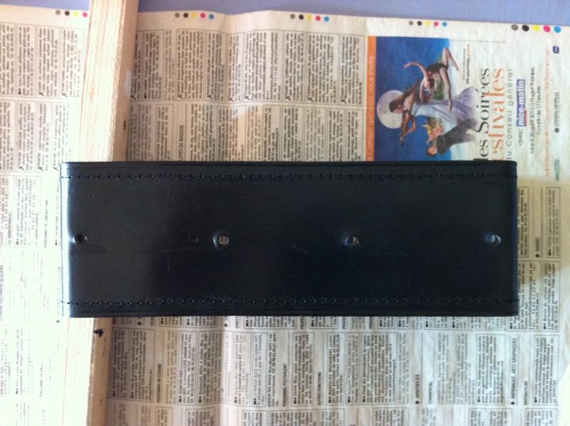 Insert en cuir pour Cache Batterie 810