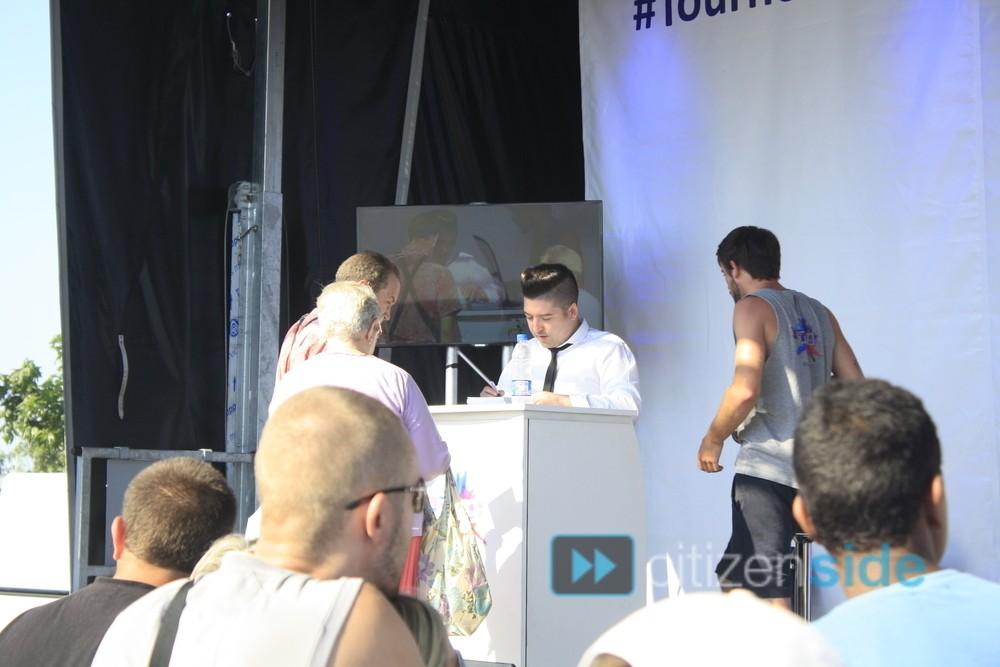 Photos de Chris et l'équipe de la Tournée TF1 à Valras 76445010