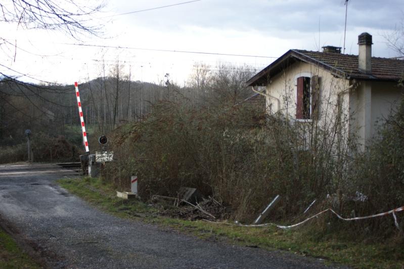 """Maison garde barrière dans """"son jus"""", mais ou ? (Résolu : Ligne Toulouse-Bayonne : Le PN à SAL 2 n° 205 ) Dsc07967"""