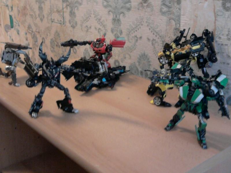 Guerres Transformers! Montrez-moi vos batailles et guerres épiques en photo ici. - Page 3 Photo030