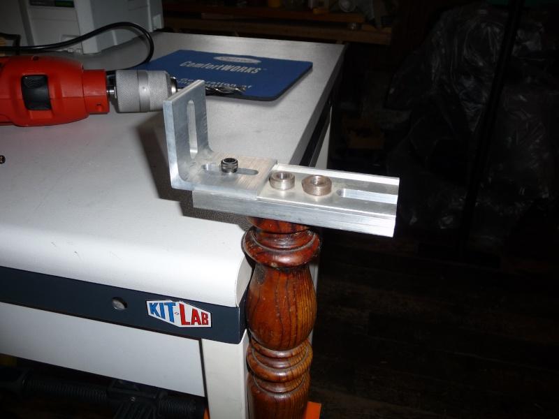[réparation] pied de table - Page 2 P1080010