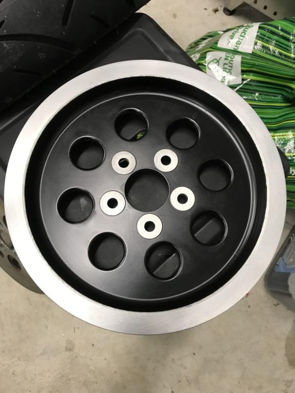 Gros pneus sur FatBoy 1340 de 1996 - Page 3 57048911