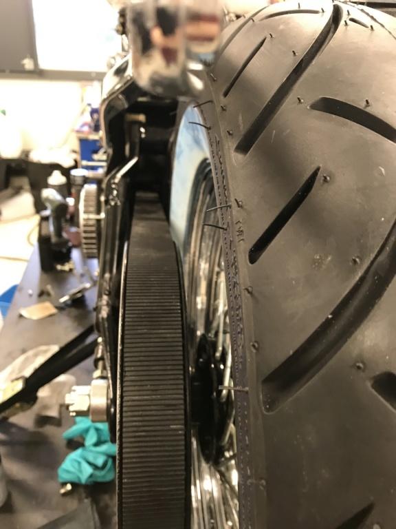 Gros pneus sur FatBoy 1340 de 1996 - Page 5 57073113