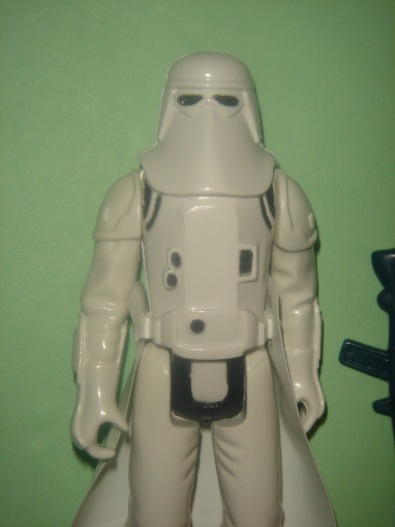 ID Help on a Snowtrooper needed ... help me Obi Wan Kenobis... Dsc00911