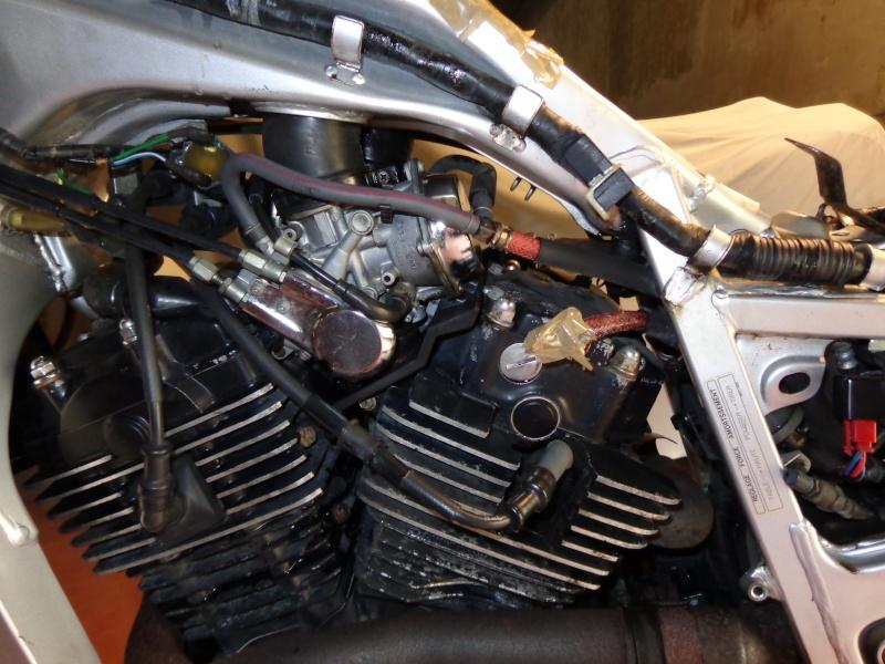 La rénovation de l'XLV 750 R de PHILOU62 Dsc00314