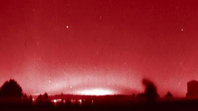 Un arc lumineux rouge aperçu dans toute l'Europe... Signe céleste? Red-ar10