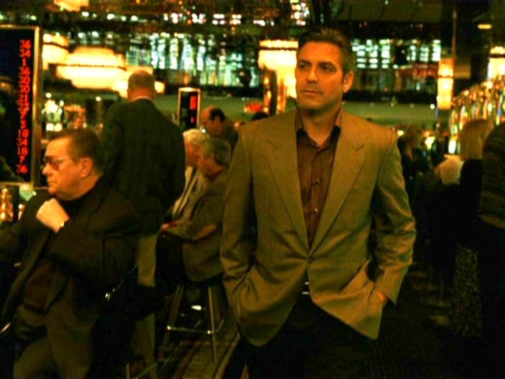 George Clooney George Clooney George Clooney! - Page 18 001oel12