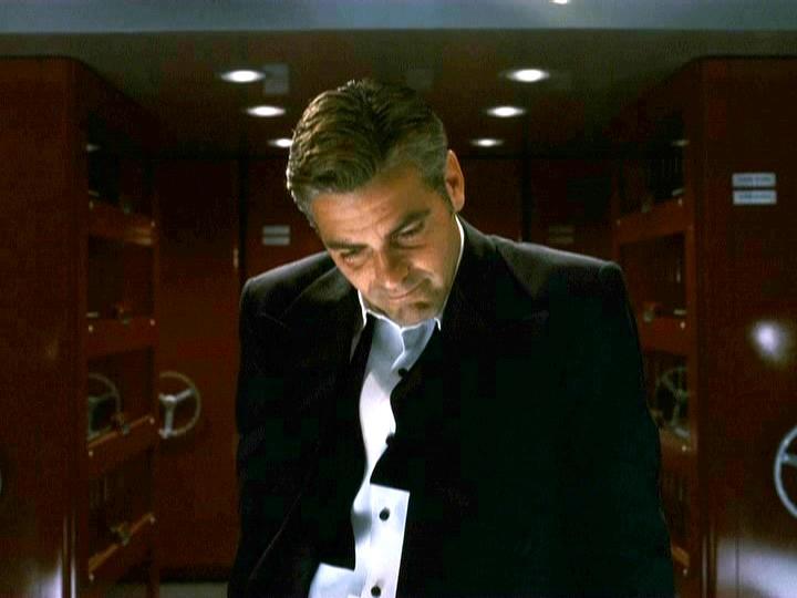 George Clooney George Clooney George Clooney! - Page 18 001oel28