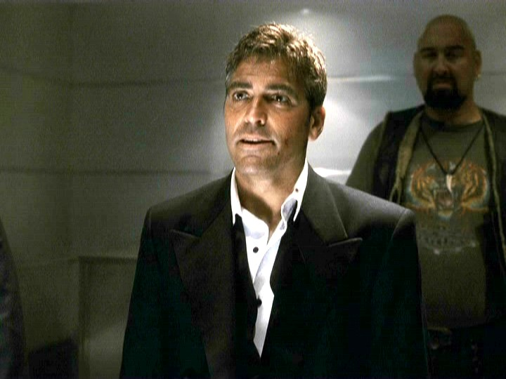 George Clooney George Clooney George Clooney! - Page 18 001oel31