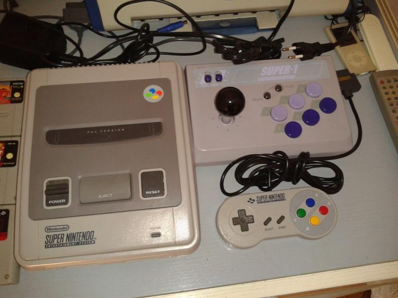 Vendo Super Nintendo snes + 1 joypad + 1 joystik modello arcade + 6 cassette; prezzo affare!!! 2013-017