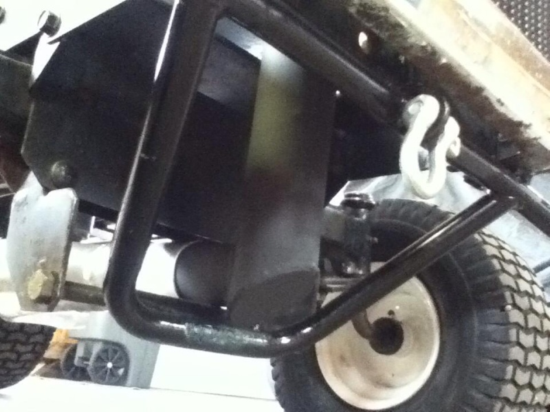 Racing Lawn Tractor ( Mean Rabbit ) 2710