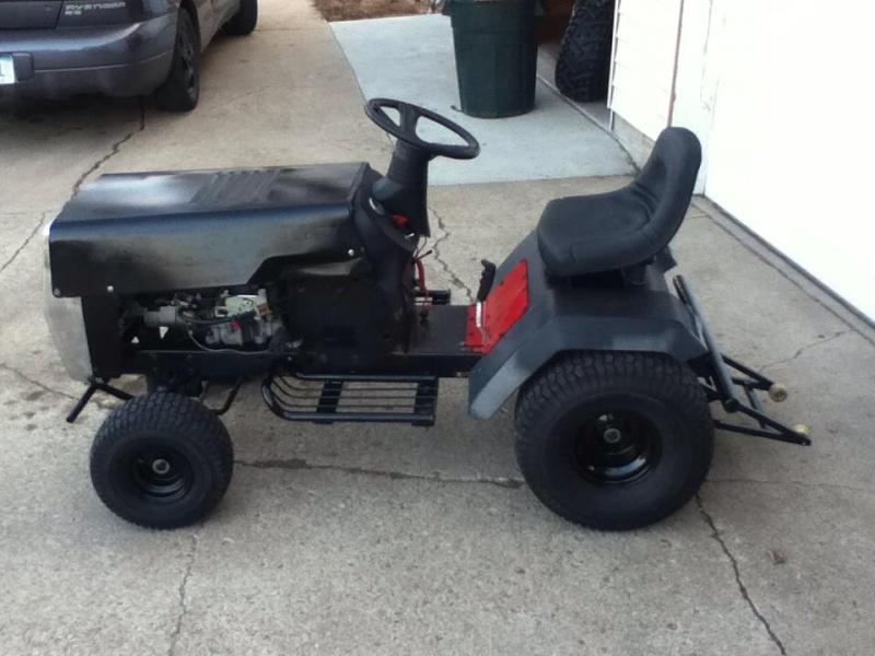 Racing Lawn Tractor ( Mean Rabbit ) 3310