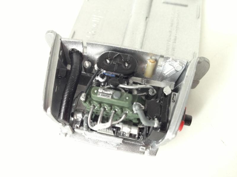 Austin Mini Cooper 998 Mk.I (Revell) Img_6510