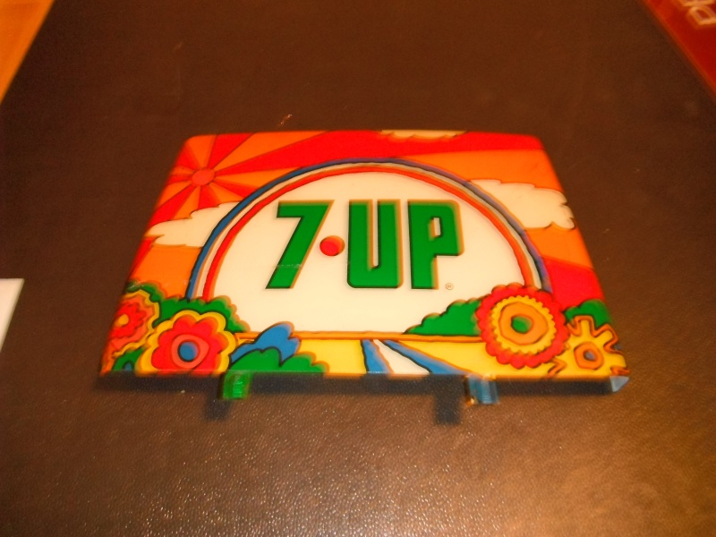 enseigne 7up peter max  04310