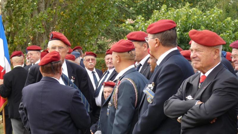1er RCP - 9ème RCP Saint Michel au quartier Beaumont à Pamiers amicales du 1° et 9° R.C.P. P1050312