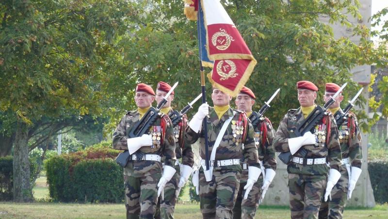 1er RCP - 9ème RCP Saint Michel au quartier Beaumont à Pamiers amicales du 1° et 9° R.C.P. P1050320