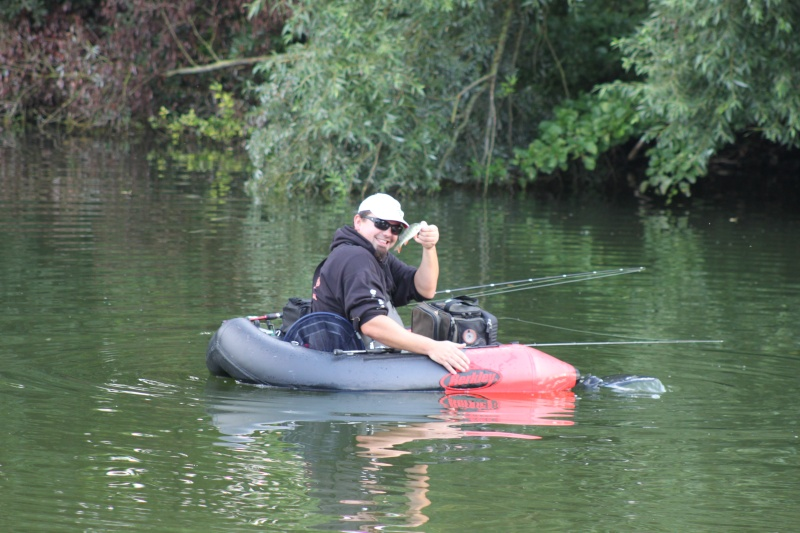 concour float tube. - Page 2 Img_6513