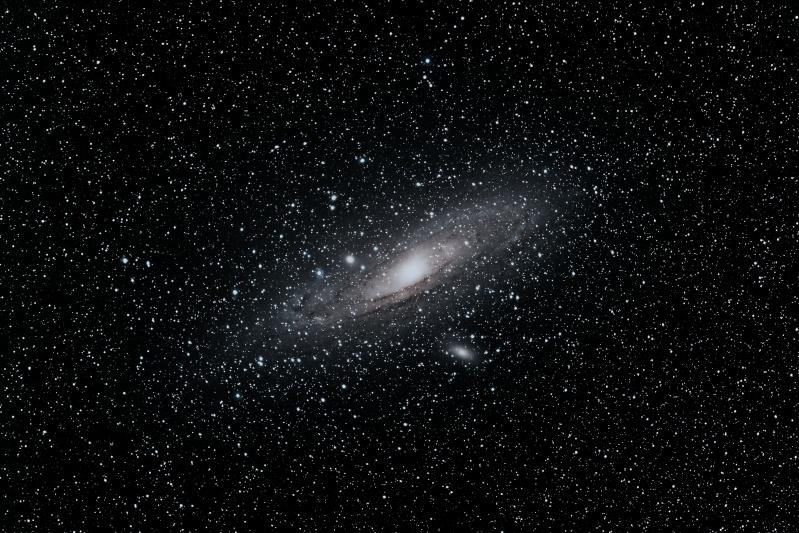 M31 avec objectif de 200mm, ouvert à 2.8 M-31_e11