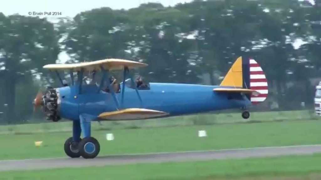 Well, well, my first Biplane for Cox! VIDEOS!! - Page 2 Boeing10