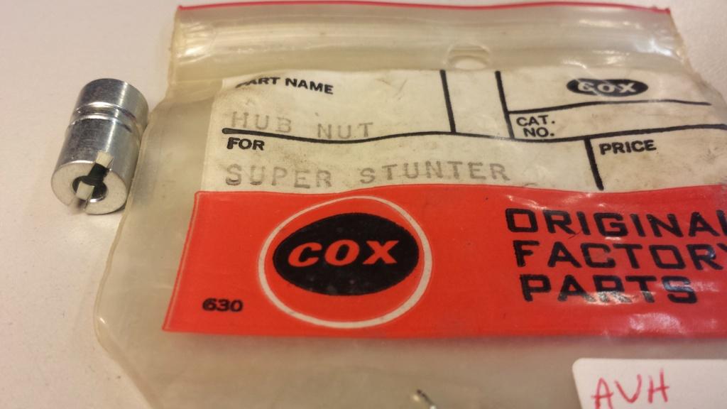 Prop hub nut Cox_su15
