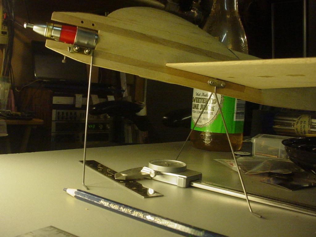 Landing-gear 1/2-A variations Dsc05011