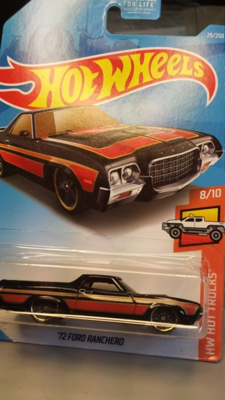 Mattel's Hot Wheels fans, a heads-up Ford_114