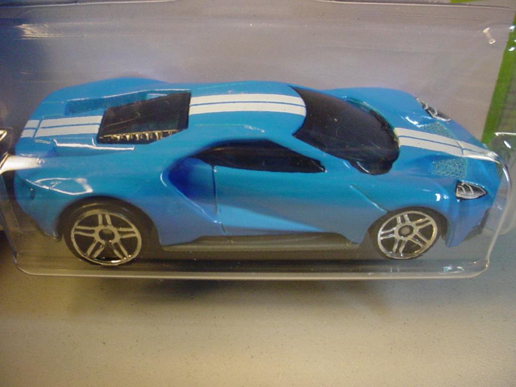Mattel HotWheels  - Page 2 Ford_210